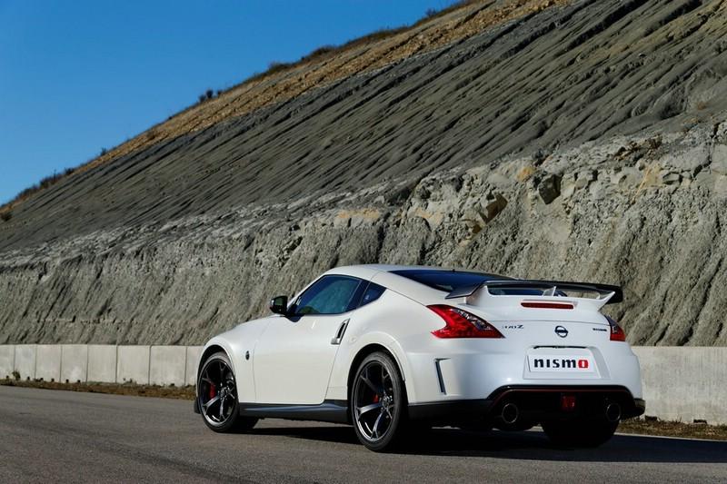 2013 Nissan 370Z Nismo Exterieur Bilder und Fotos