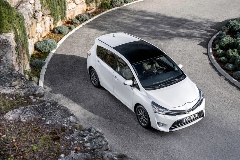 Toyota Verso Facelift - Foto von oben