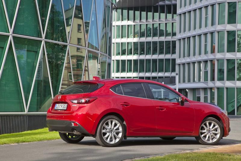 Die Mazda3 Schrägheck Version in rot