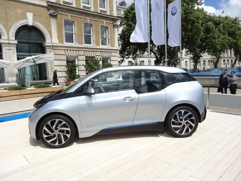 Der neue BMW i3 fährt rein elektrisch