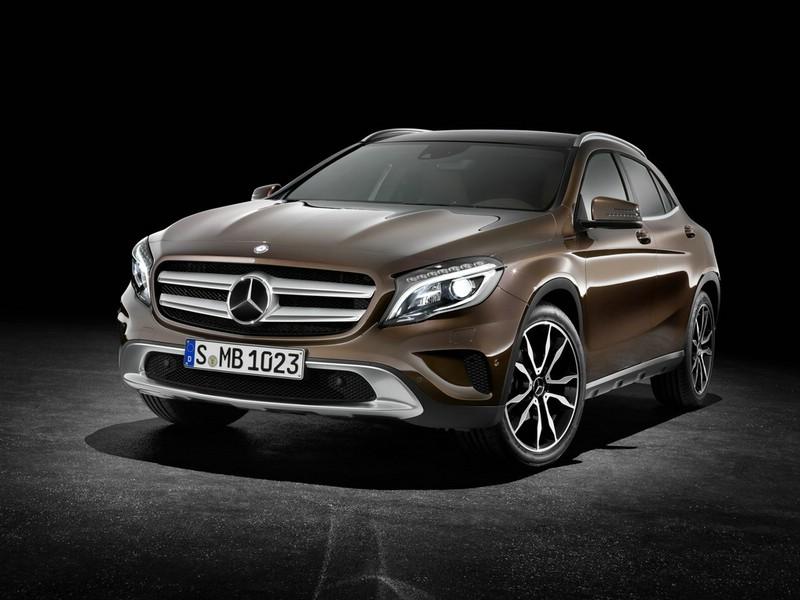 Mercedes-Benz GLA 2014 in der Frontansicht