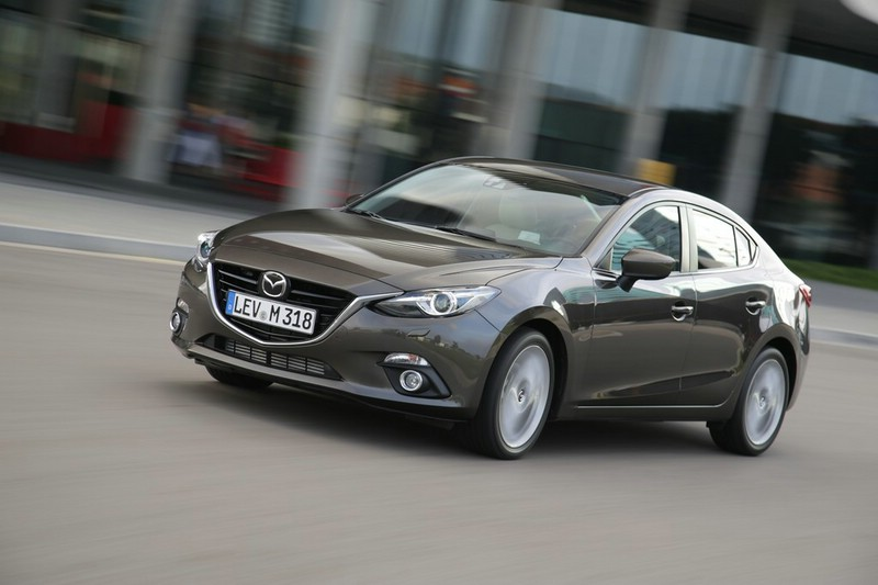 Die neue Mazda3 Limousine 2013