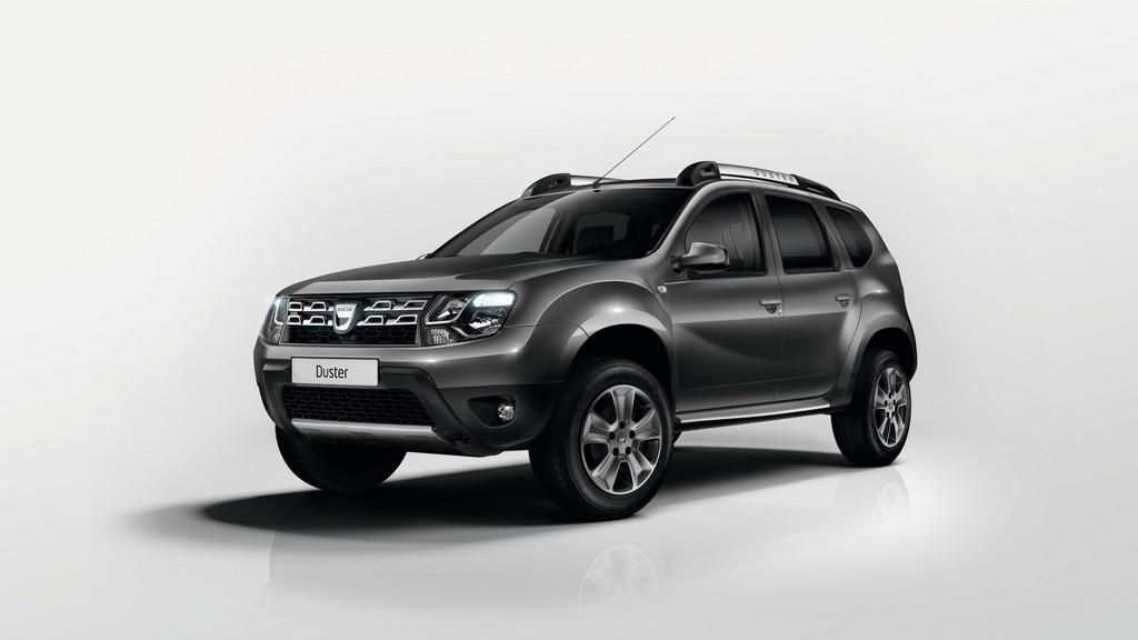 Modellgepflegter Dacia Duster 2014 in schwarz