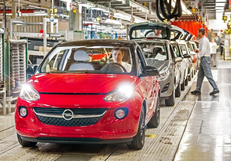 Opel Adam 1.4 LPG Ecoflex rollt vom Band