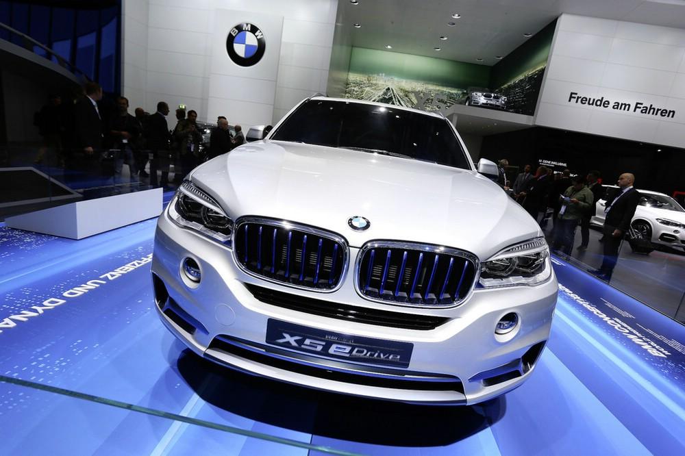 BMW X5 eDrive auf der IAA 2013 in Frankfurt