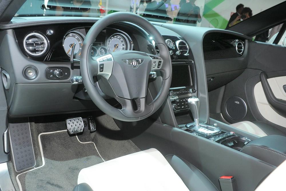 Der Innenraum des Bentley Continental GT V8 S
