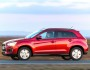 Roter Mitsubishi ASX 1.8 DI-D Cleartec 2WD in der Seitenansicht