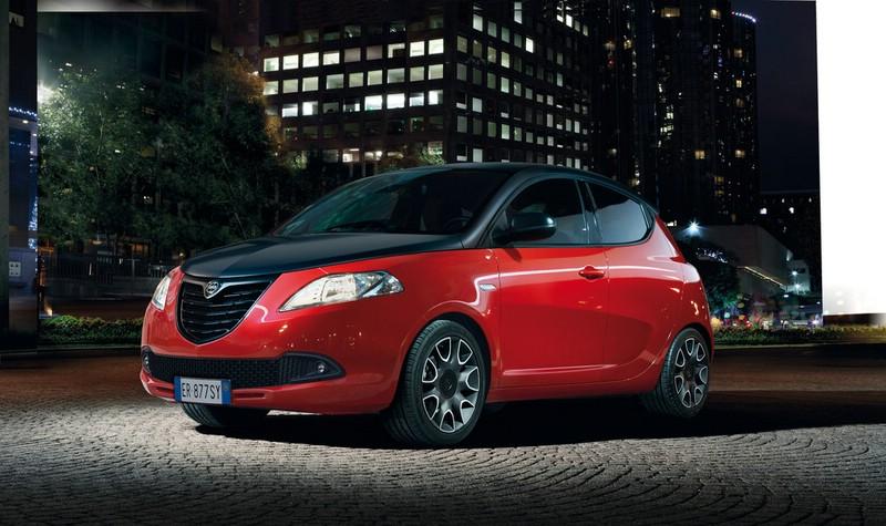 Lancia Ypsilon S im Momodesign in rot schwarz 2013