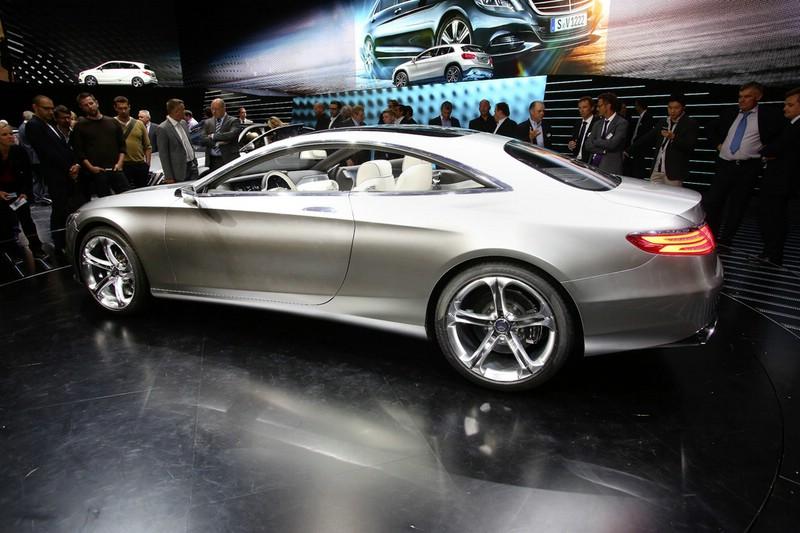 Mercedes-Benz S-Klasse Coupé auf der Internationalen Automobil-Ausstellung 2013