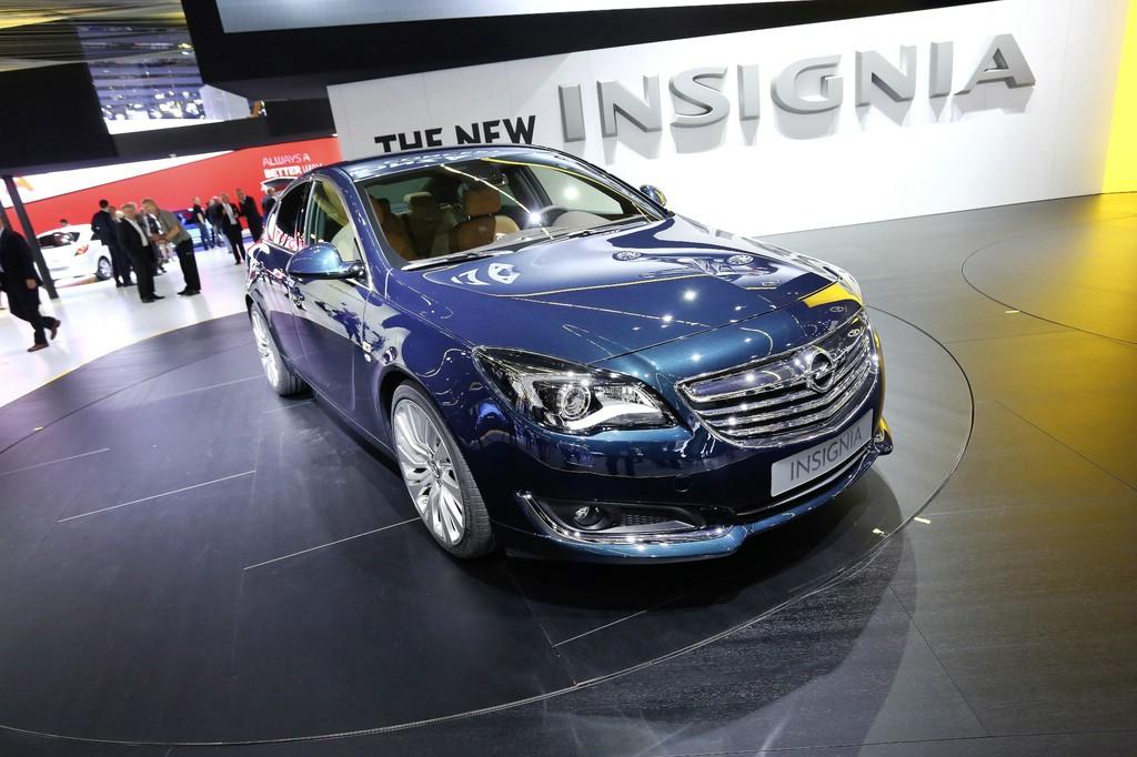 Opel Insignia Facelift auf der Internationalen Automobil-Ausstellung 2013