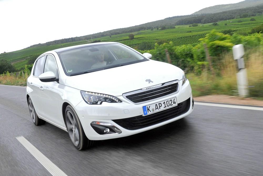 2013er Peugeot 308 1.6 l e-HDi in weiß
