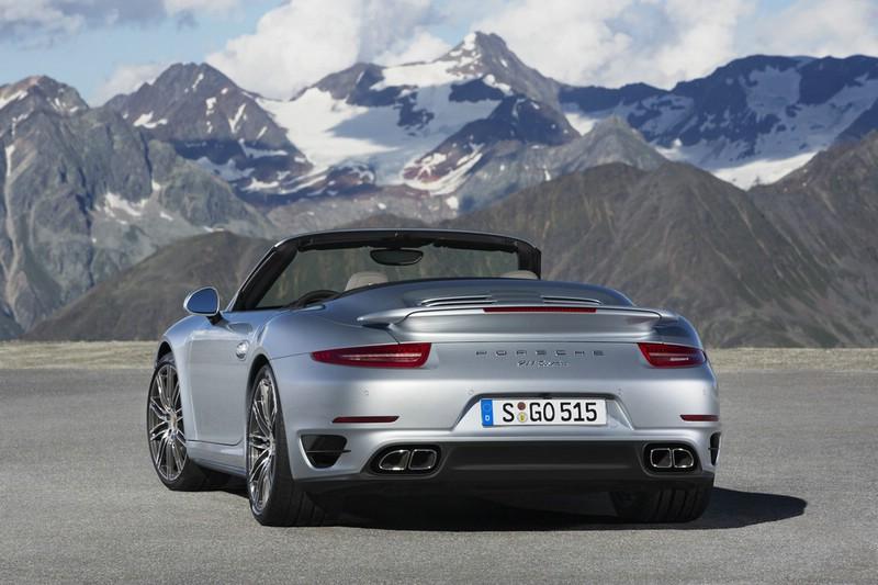 Der Kotflügel des Porsche 911 Turbo Cabriolet