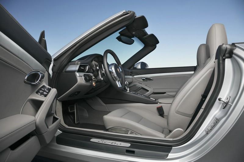 Die Sitze des neuen Porsche 911 Turbo Cabriolet
