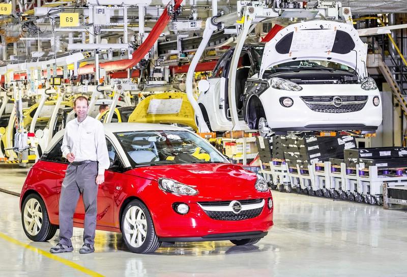 Produktion des Kleinstwagens Opel Adam