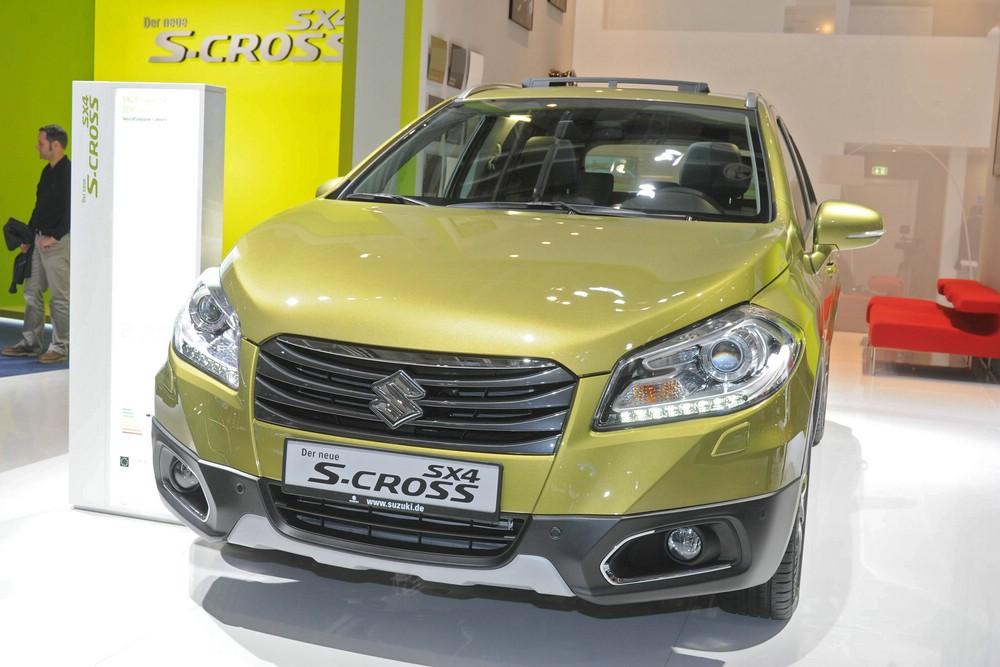 Im September zeigte Suzuki auf der IAA den SX4 S-Cross
