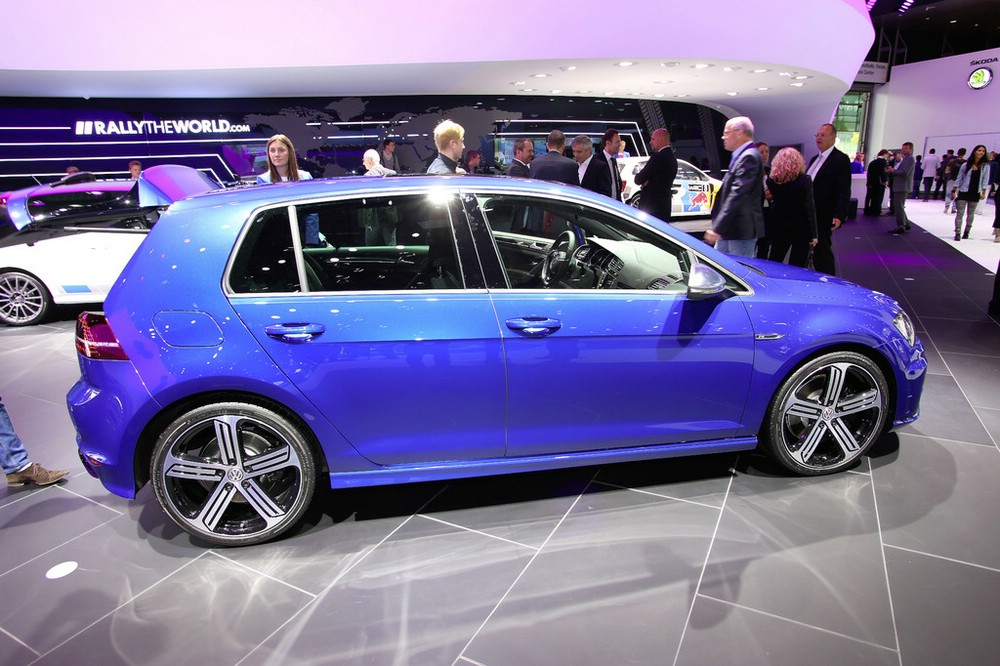 Volkswagen Golf R auf der Frankfurter Automobilmesse IAA 2013