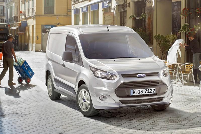 Die Frontpartie des 2014er Ford Transit Connect