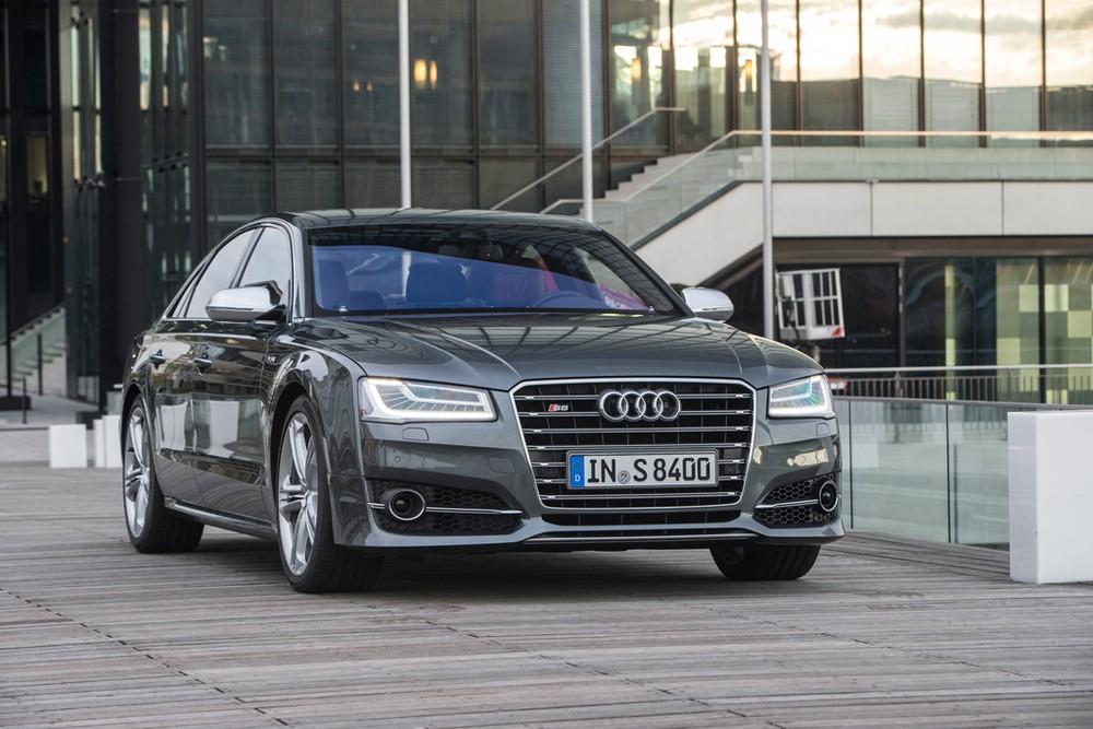 Das Gesicht des Audi S8 Modellgeneration 2014