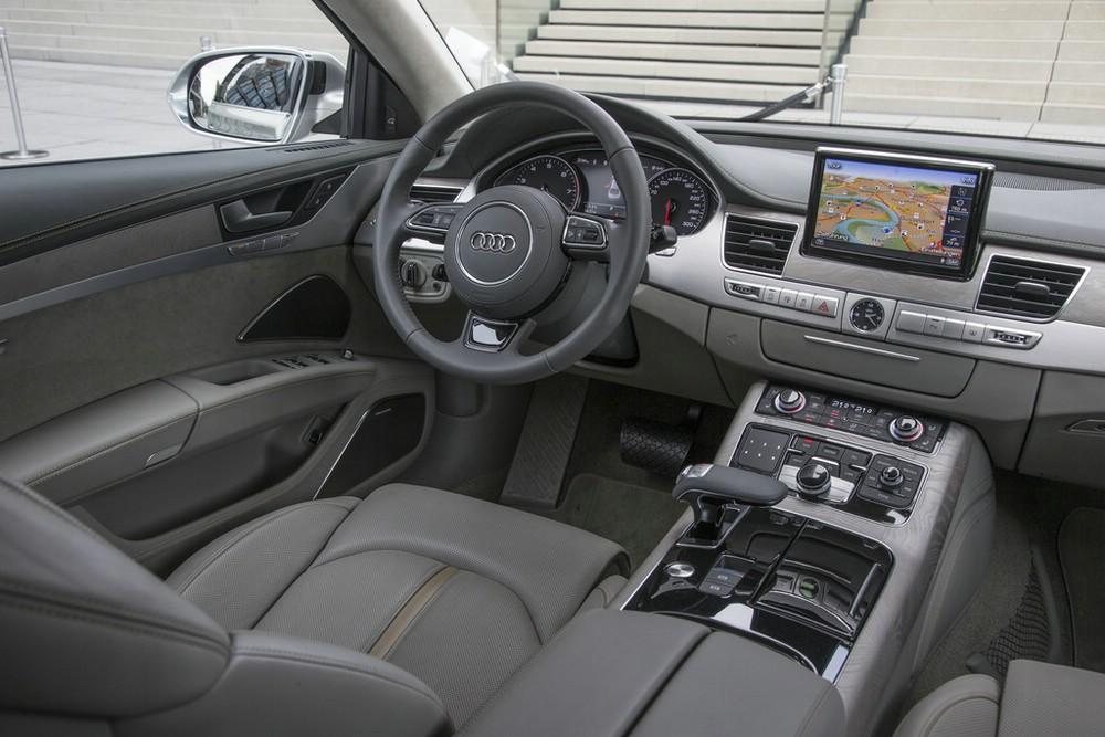 Die Sitze des 2014er Audi A8 W12