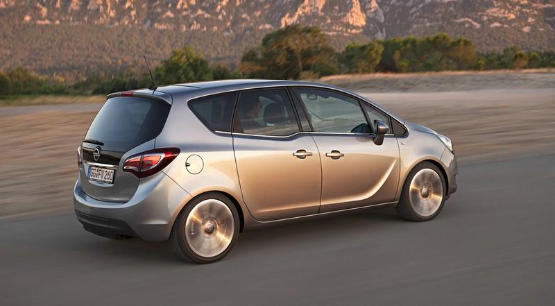 Der Facelift Opel Meriva von der Seite
