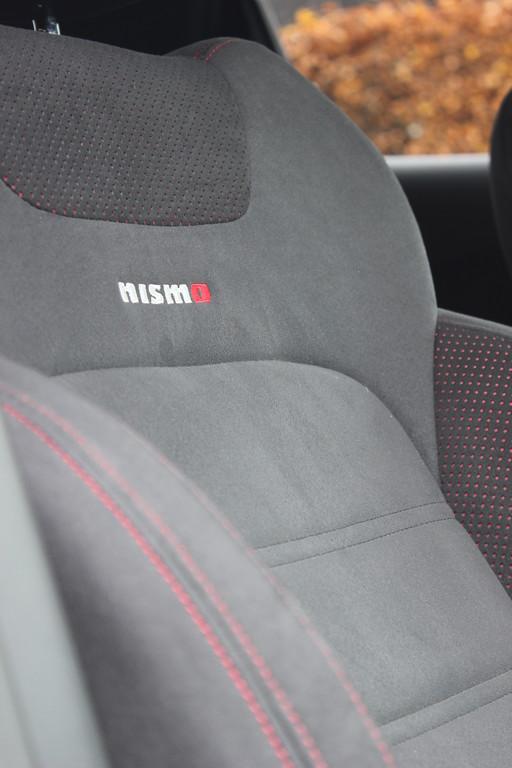 Galerie fahrersitz nissan juke nismo bilder und fotos for Nissan juke dauertest