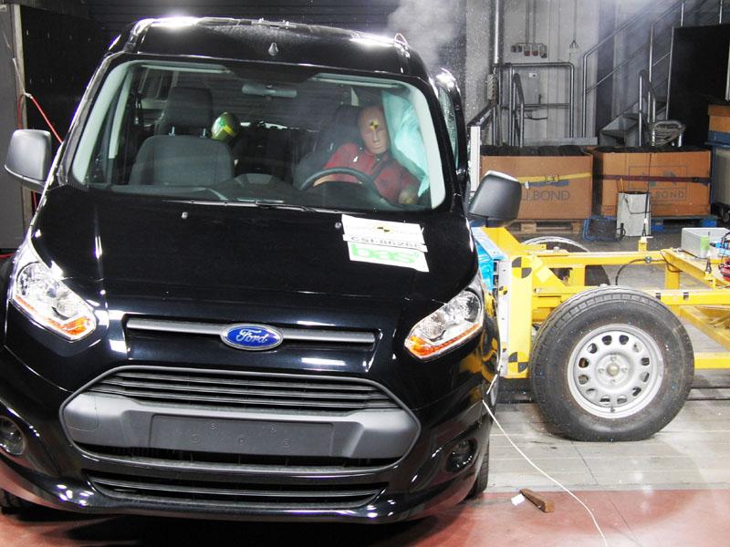 Wurde jetzt gecrasht: Der Ford Tourneo Connect