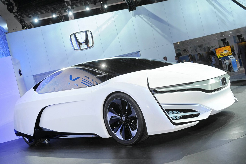 Honda FCEV Concept auf der LA Auto Show 2013