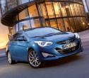 Der Mittelklassewagen Hyundai i40 als Limousine in blau