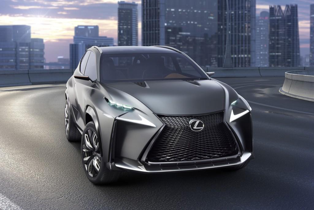 Die Frontpartie des Crossover Lexus LF-NX