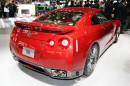 Nissan GT-R Nismo in rot auf der Tokyo Motor Show 2013