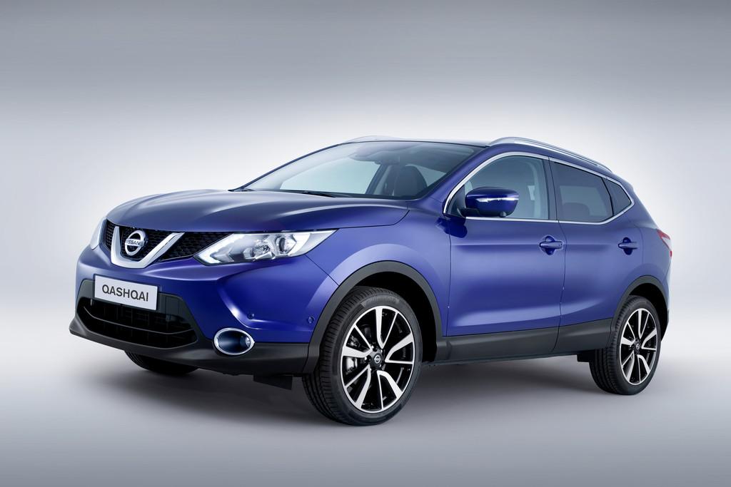 Nissan Qashqai in Blau von 2014 Exterieur Aufnahme