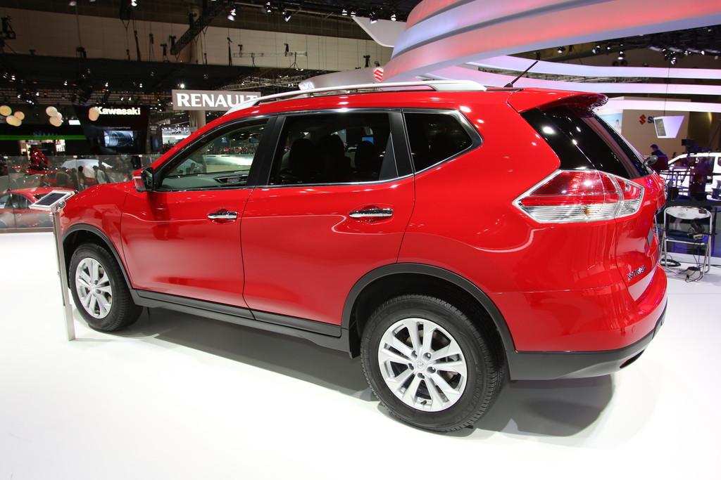 Nissan präsentiert den neuen X-Trail auf der Tokio Motor Show 2013