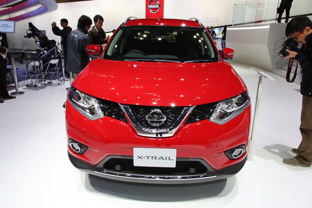 Nissan X-Trail auf der Automesse Tokio 2013