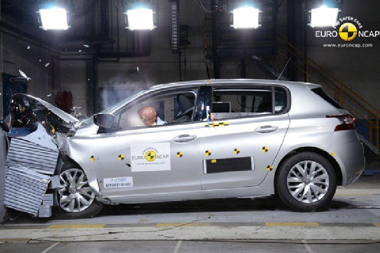 Der Peugeot 308 Crashtest beim Euro-NCAP