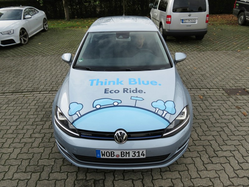 Der Golf TDI Blue Motion in der Frontansicht
