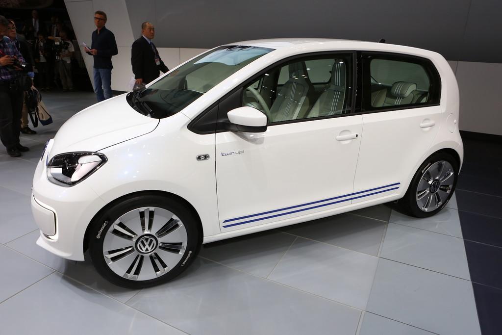 VW Twin-Up auf der Automesse Tokio 2013