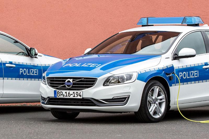Die Bundespolizei fährt künftig Volvo V60 Plug-in-Hybrid