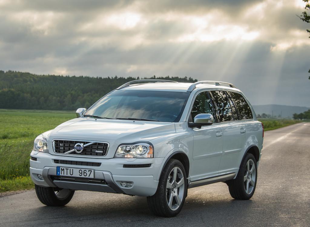 Volvo SUV XC90 in weiß