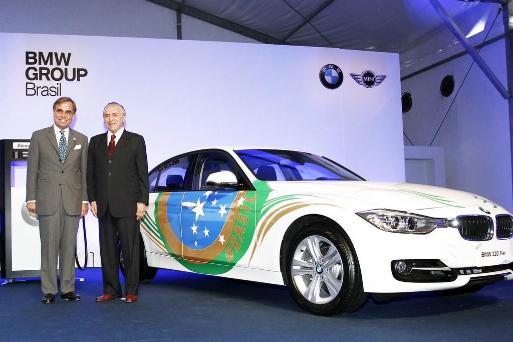 BMW zegt erstmals den 320i ActiveFlex