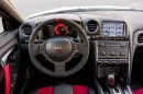 Das Cockpit des 2014er Nissan GT-R Nismo