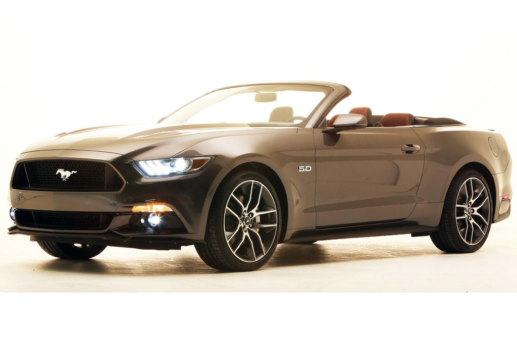 galerie ford mustang cabriolet 2014 bilder und fotos. Black Bedroom Furniture Sets. Home Design Ideas