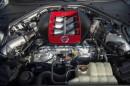 Blick unter der Motorhaube des Nissan GT-R Nismo