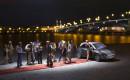 Schaulaufen von Stars und Sternchen auf dem roten Teppich - Modellauto Opel Adam