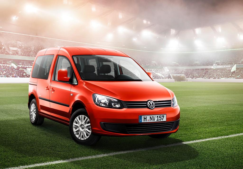Sondermodell Volkswagen Caddy Soccer 2014 in rot