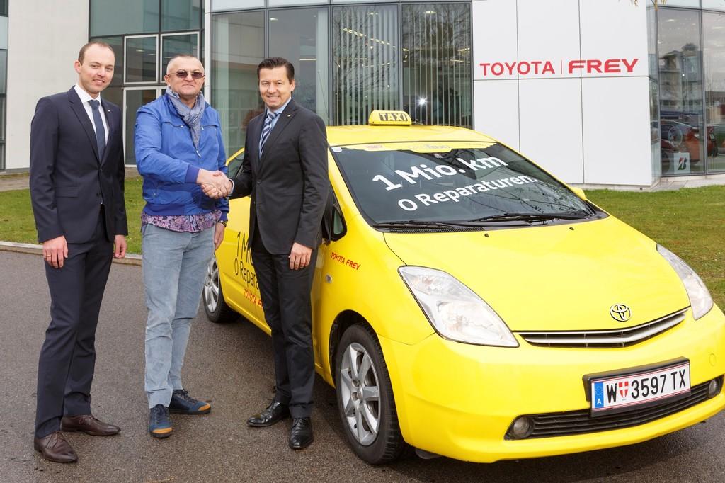 Dieser Toyota Prius als Taxi schaffte bisher eine Million Kilometer