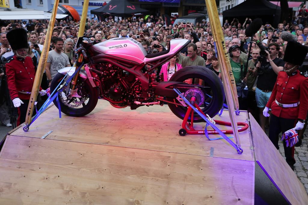 Die Triumph Tridays 13 wird man auf der Custombike Show 2013 präsentieren