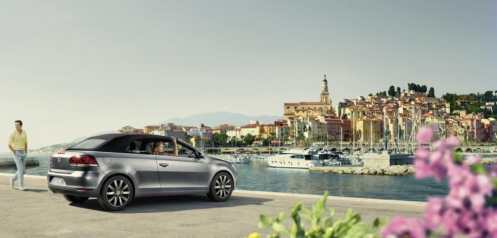 Standaufnahme vom Sondermodell Volkswagen Golf Cabriolet Karmann