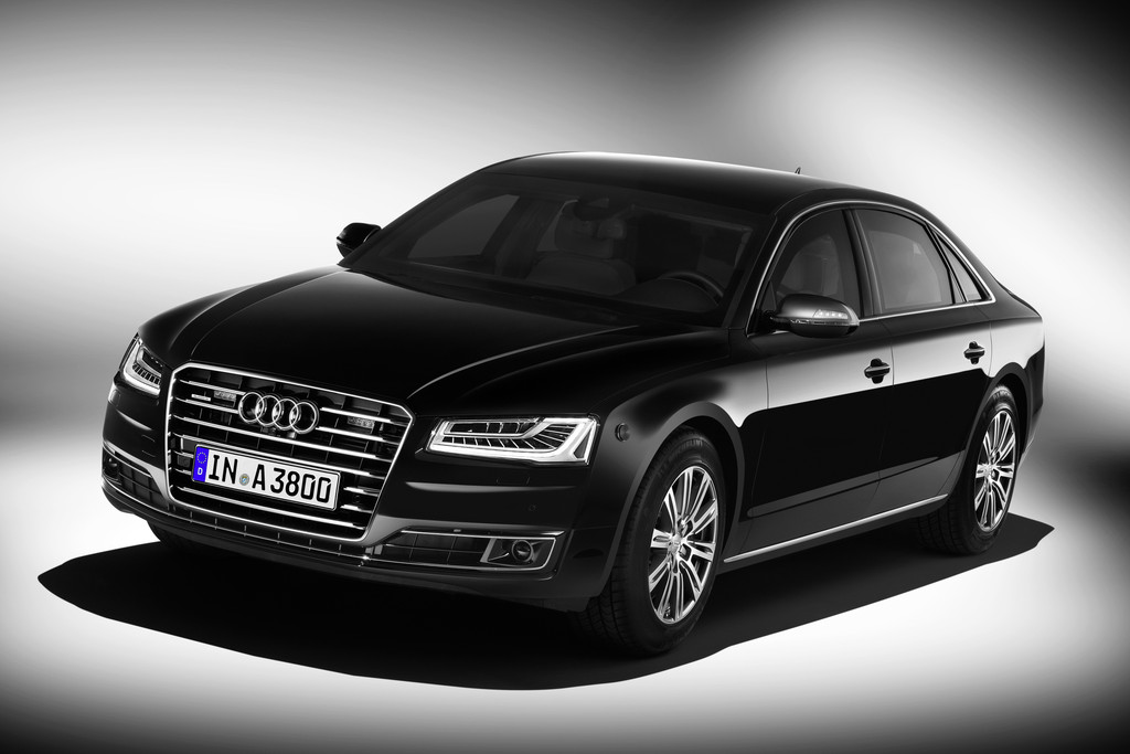 2014er Audi A8 L Security in schwarz