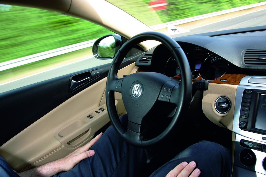 Automatisches Fahren eines Volkswagen