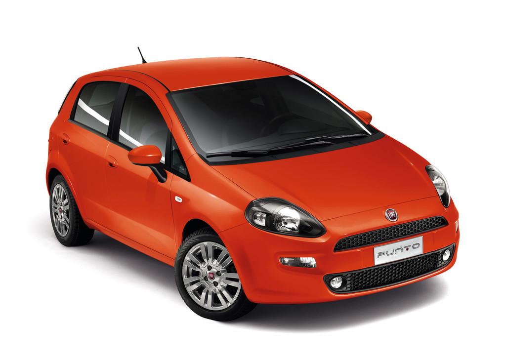 Kleinwagen Fiat Punto Sport in rot